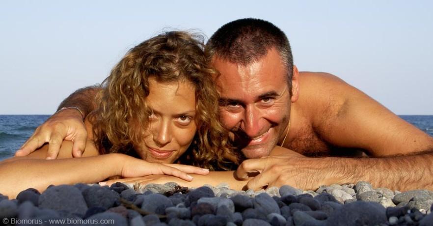 Io e Sara a Kamari (Santorini, Grecia, 2008).