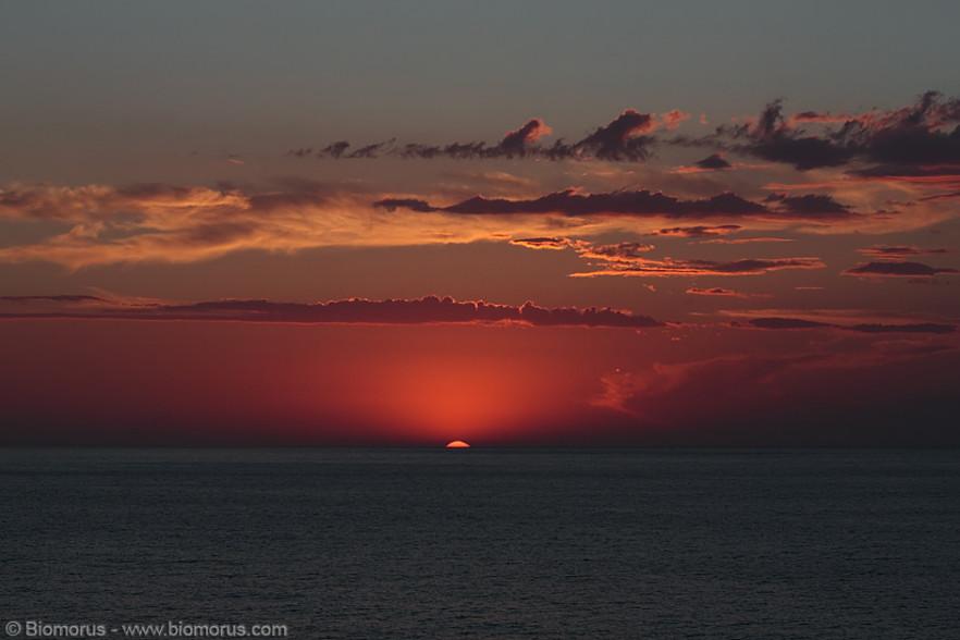 Prima dell'oscurità (Isola d'Elba) - (Canon EOS 7D, Sigma 10-20, 1/320, f/8, ISO100, treppiede)