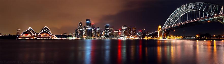 Foto 32 - Lo skyline di Sydney, dal'Opera House all'Harbour Bridge, vista da Kirribilli (Sydney, NSW, Australia) – (Dati di scatto: Canon EOS 7D, Canon 24-105 f/4 L IS USM, 60 sec, f/8, ISO 100, unione di tre scatti, treppiede)
