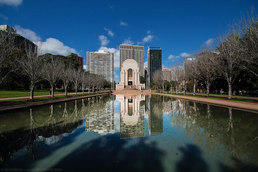 Foto 46 - Anzac Memorial (Sydney, NSW, Australia) - (Dati di scatto: Canon EOS 7D, Sigma 8-16 f/4.5/5.6 DC HSM, 1/2000 sec, f/8, ISO 400, mano libera)