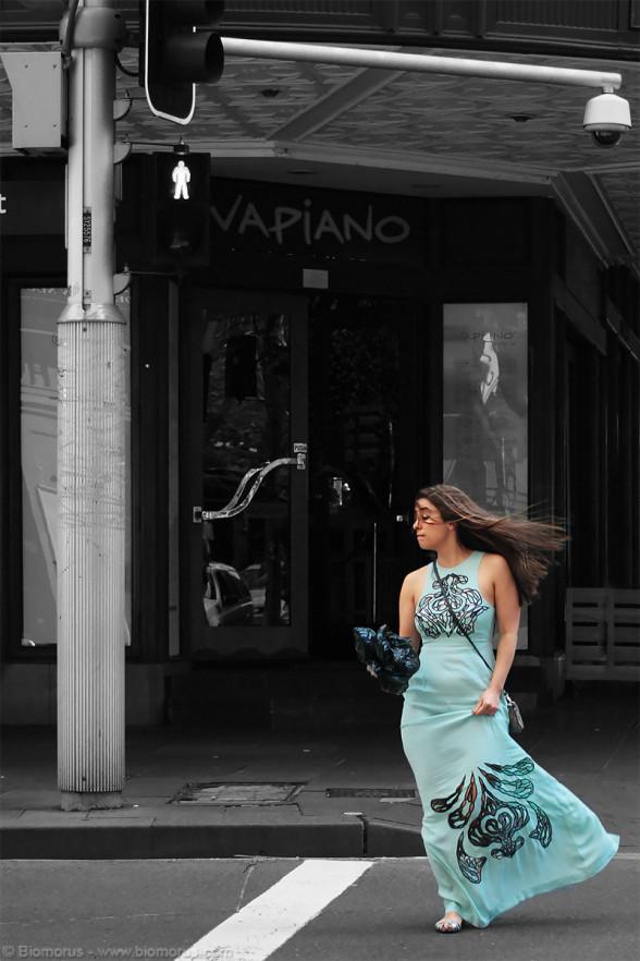 Foto 49 – Va piano ché c'è vento... (Sydney, NSW, Australia) – (Dati di scatto: Canon EOS 450D, Canon 40mm f/2.8 STM, 1/320 sec, f/2.8, ISO 100, mano libera)