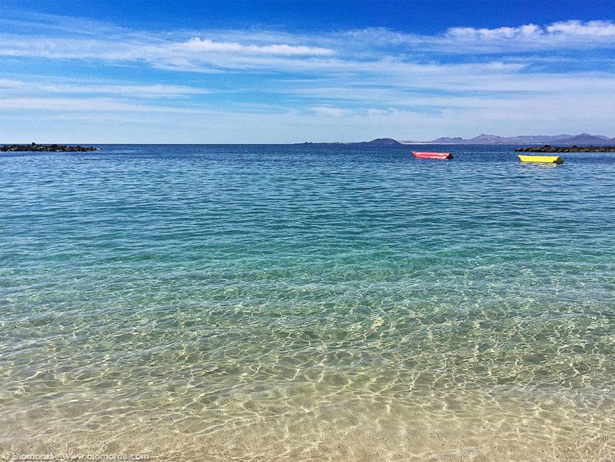 Playa Dorada (Lanzarote, Isole Canarie, Spagna) – (Dati di scatto: iPhone 6 in modalità panorama, 1/3597 sec, f/2.2, ISO 32, mano libera).