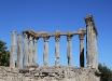 Il tempio romano di Evora (Portogallo).